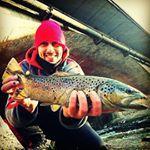 Pesca a Briga Novarese con trota fario a spinning sul fiume Agogna