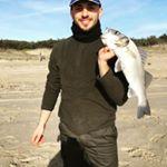 Pesca a Pino di Lenne con spigola a surf casting