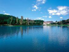 Hotel miramonti sul lago di acquapartita a parco laghi - Parco laghi bagno di romagna ...
