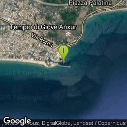 Lo spot di pesca di Porto di Terracina - Spigola a surf casting dal molo